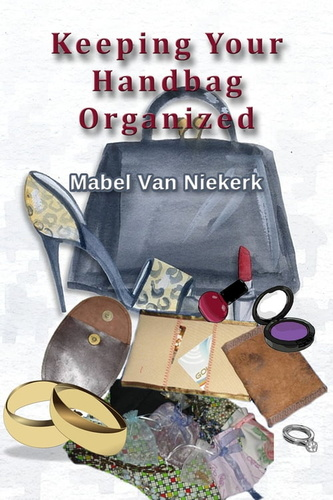 keeping-your-handbag-organized