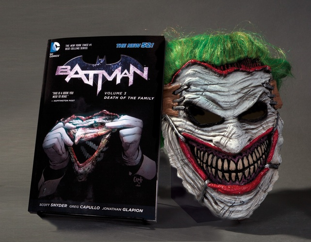 Livro batman death of the family mask and book set livraria cultura fandeluxe Choice Image